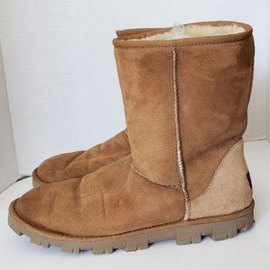 UGG Boots Size 11 Classic Short Chestnut Suede